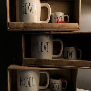 Rae Dunn Holiday Mug Set
